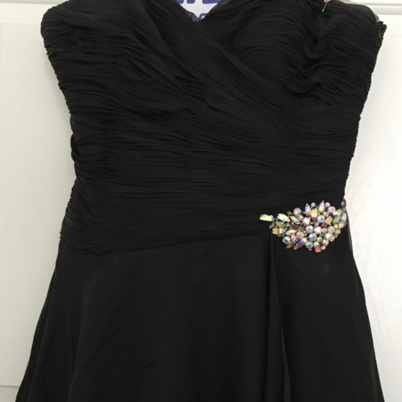Alyce Paris Dresses & Skirts - Black Alyce Paris Prom Dress